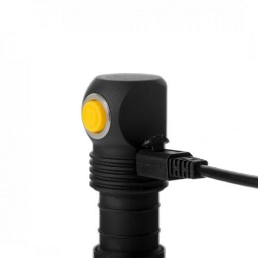 Armytek Elf C1 - 1050 LED lm - USB töltés - Akkuval