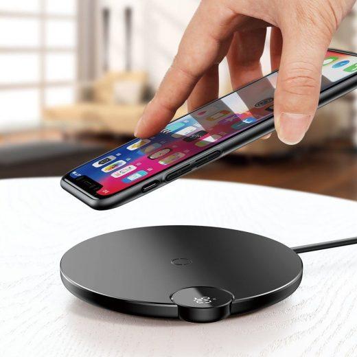 Baseus Digtal LED Display Vezeték Nélküli Qi Töltő - 10W - Fekete